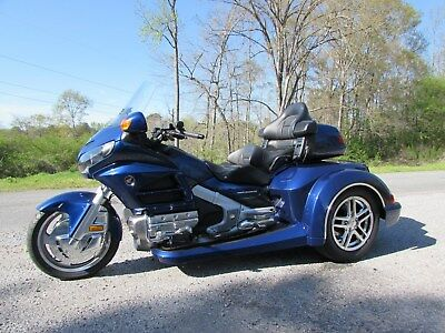 2014 Honda Gold Wing  2014 HONDA GOLDWING GL1800 NEW  ROADSMITH HTS1800 TRIKE WITH RUNNING BOARDS