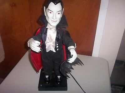 """1992 Telco Universal Studios 23"""" Electric Vampire-Moves Head and Arms-No Sound"""