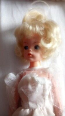 Rare sindy doll - 1984-85 Cut n Style doll