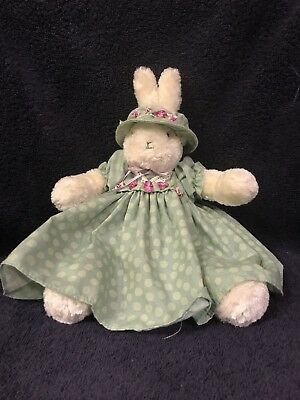 2002 Bunnies By The Bay Heritage Collection, Excellent Condition, Purple Flowers