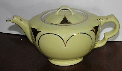 Hall Teapot 6 cup old yellow and gold Kansas  teapot