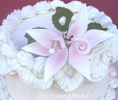 Sugar Gum Paste Pink Lily Rosebud & Sweet Pea Flowers & Leaves for Cake Decorati