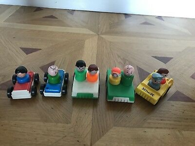 5 Vintage Fisher Price Little People cars and Figures