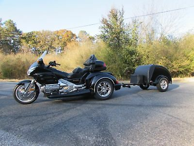 2003 Honda Gold Wing  2003 HONDA GOLDWING GL1800 NEW  ROADSMITH HTS1800 TRIKE WITH NEW ION TRAILER