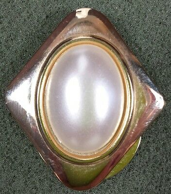 Vtg Jewelry Brooch Scarf Clip Gold Tone Metal Faux Pearl Beautiful Classic #2909
