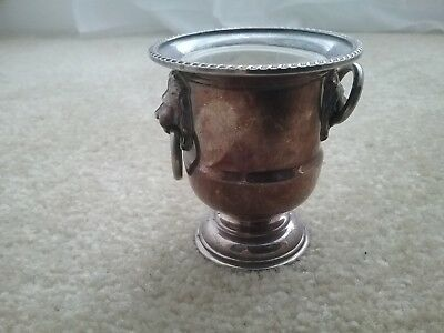 Viners of Sheffield Silver plated small pot & liner with lion head handle rings
