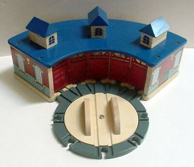 Imaginarium Thomas The Train Roundhouse Shed Turntable Wooden Wood Train Set