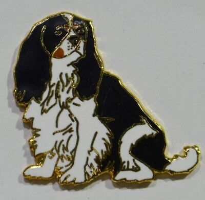 Pins Chien Dog Cavalier King Charles Sans Pub Emaille