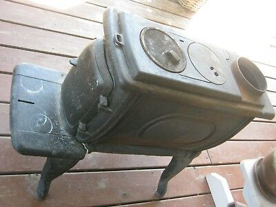 Victorian Round Oak Cast Iron Wood Stove By P D Beckwith