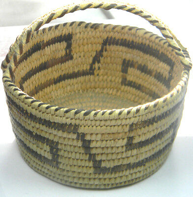 Pima South Arizona Loop Handle Basket Native American Indian Bowl Excellent