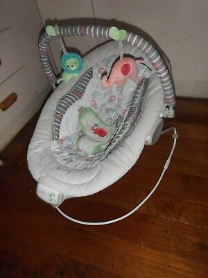 Ingenuity Comfort & Harmony Cradling Baby Bouncer Good Condition