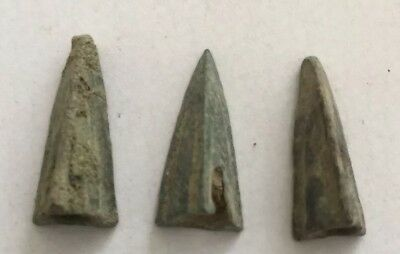 3 X Ancient Greek Bronze Arrowheads Dating To Circa 500-400 B.c.