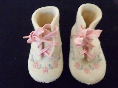Vintage White Felt Baby Girl Pink Lace Up Infant Or Doll Shoes High Top  259