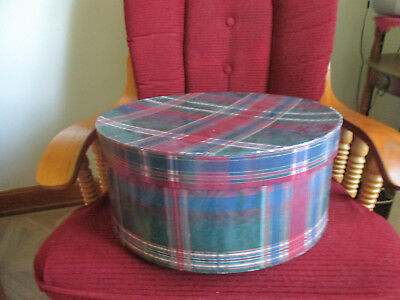 "vintage large hat box green/wine/Blue plaid Plaid design 15"" round x 6 1/2"" Tall"