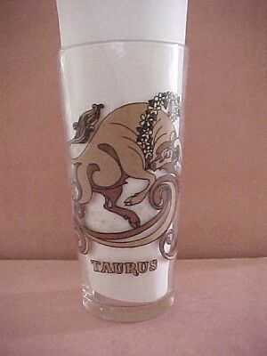 """Vintage Arby's Promo Glass """"taurus"""" 1976 ** April 20 -May 21"""