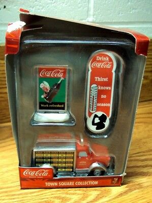 ***Clearance*** COCA-COLA Town Square Collection ~ 45748 Truck / Signs Accessory