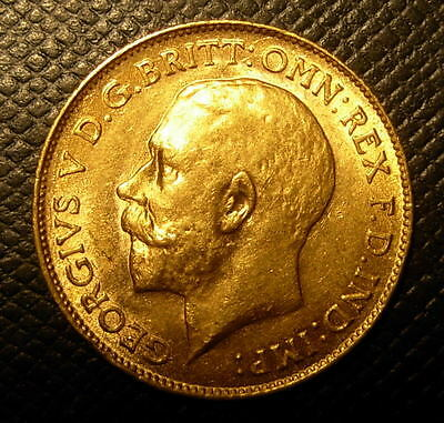 Great Britain 1915 Gold 1/2 Sovereign UNC George V