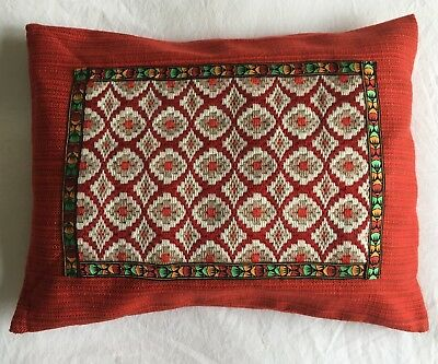Lovely Cool  VINTAGE  Retro Completed CUSHION COVER Tapestry Needlepoint