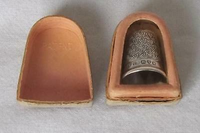 A Superb Boxed Solid Sterling Silver Thimble Chester 1921 By Charles Horner..