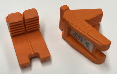 Spear & Jackson Tyzak Rubber Corner Bricklayer's Line Blocks - Orange - Pair