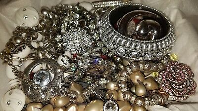Large Lot of Fashion Vintage Junk Unsearched Untested Estate Jewelry #451