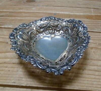 Vintage Sterling Silver Bon Bon Heart Dish 65g George Nathan Ridley Hayes 1896