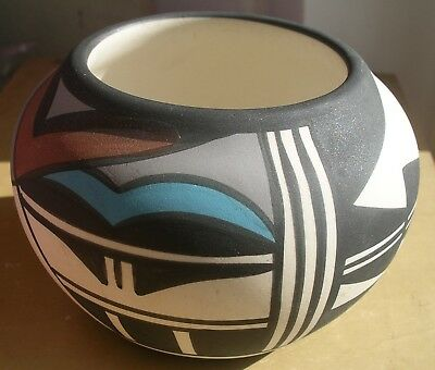 Hopi Bird Pottery Pueblo Native American vintage round pot decorated signed Tewa