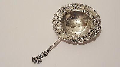 A Decrative Dutch Solid Silver Tea Strainer 1922 VGC