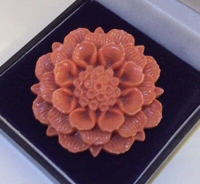 Vintage 1930s Art Deco Jewellery Lovely Coral Celluloid Carved 3D Flower Brooch