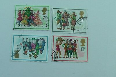 Christmasl fine used set from 1978
