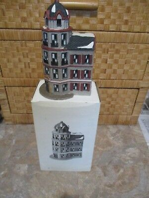 Dept 56 Christmas in the City The Tower Cafe 65129 Christmas Retired EUC