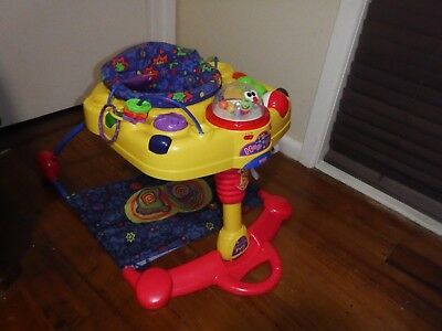 Fisher Price  Baby Activity Play Centre Great Used Condition