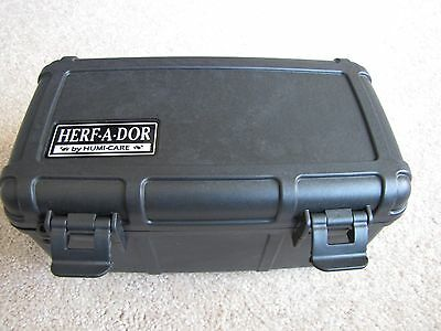Herf a Dor X15 Black - 15 capacity Travel Humidor