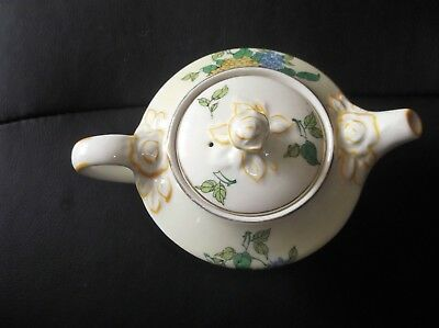 Vintage Art Deco Woods Ivory Ware Sweet Little Teapot With Flower Knob Yellow