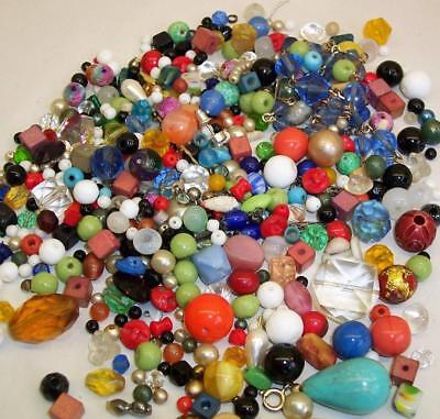 QUANTITY of Vintage/Antique GLASS BEADS Ideal For Jewellery Making/Crafts JOBLOT