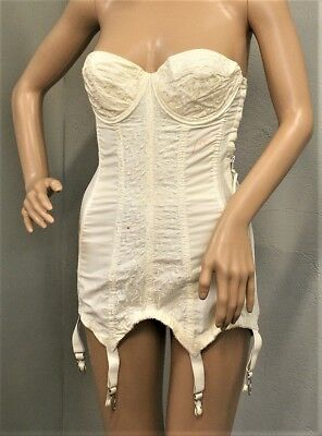 Vintage 1950's Warner's Merry Widow Long LIne Bra Girdle Corset Bustier Garters