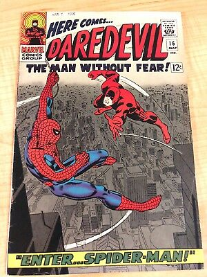 Daredevil 16 Spider Man Crossover FN- 5.5 Original Owner See Pics