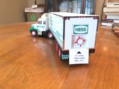 1987 Hess Toy Truck Bank New in Original Box, Out of box only for photos.
