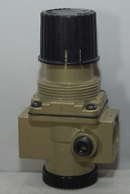 Norgren 300 Psig Inlet 150 Psig Outlet Regulator R08-300-Rnma Temp 175 F
