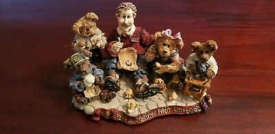 Boyds bears resin figurines. Limited Edition 1998