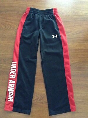 UNDER ARMOUR Boys Black /Red Loose LOGO Athletic PANT Size YSM
