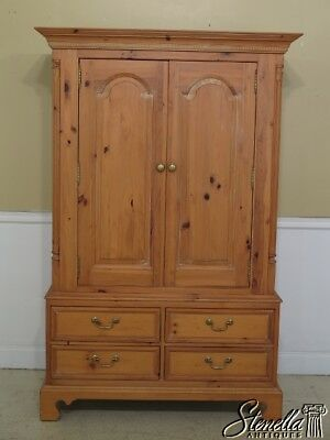 45546EC: THOMASVILLE Natural Pine 2 Door Linen Cabinet Armoire