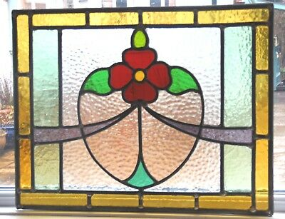 AN ORIGINAL RECLAIMED FULLY RESTORED STAINED GLASS PANEL - Ref SG295