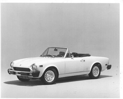 1973 Fiat 124 Spider Convertible ORIGINAL Factory Photo oac0486