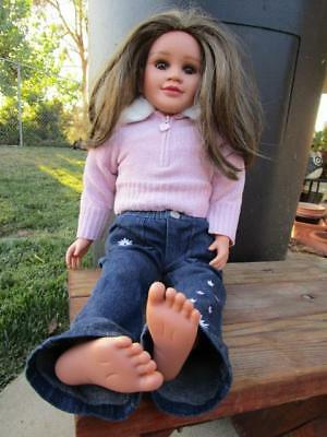 My Twinn Doll brown hair & eyes outfit Jeans sweater w/undershirt & hair brush