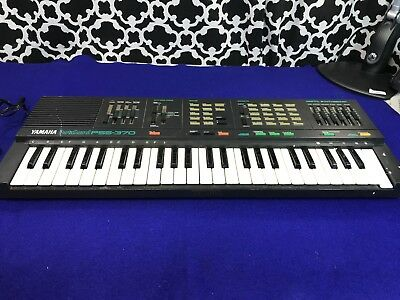 Yamaha PortaSound PSS-370 Keyboard - For PARTS OR REPAIR