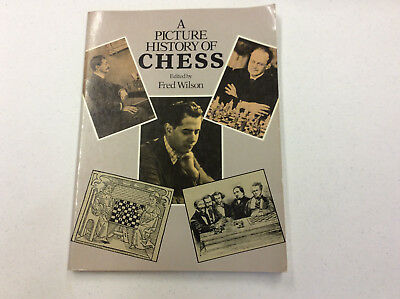A Picture History of Chess - 1981 Picture Book - Good condition