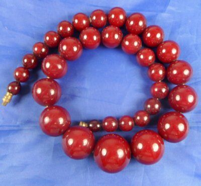 Art Deco Tested Marbled Cherry Amber Bakelite Bead Necklace. 61.8Gms
