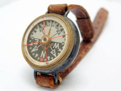 Antique TRENCH WRIST COMPASS GUNMETAL CASED Rd No 416645 = 1903/04 LOCKABLE CARD