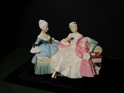 Royal Doulton Figurine THE LOVE LETTER    HN 2149 Made in England W165 QQ